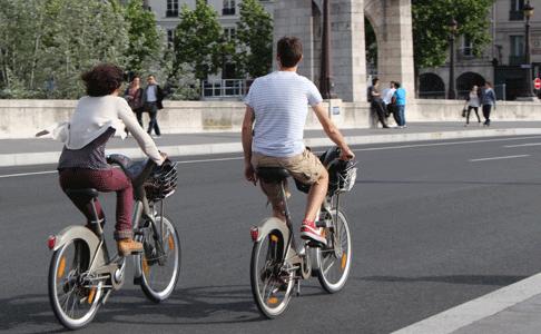 velos cyclistes sur le Pont Marie