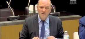 Audition d'Elie Cohen, économiste, par la mission d'information sur l'automobile
