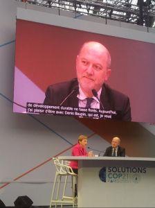 Débat avec Laurence Parisot pendant la COP21